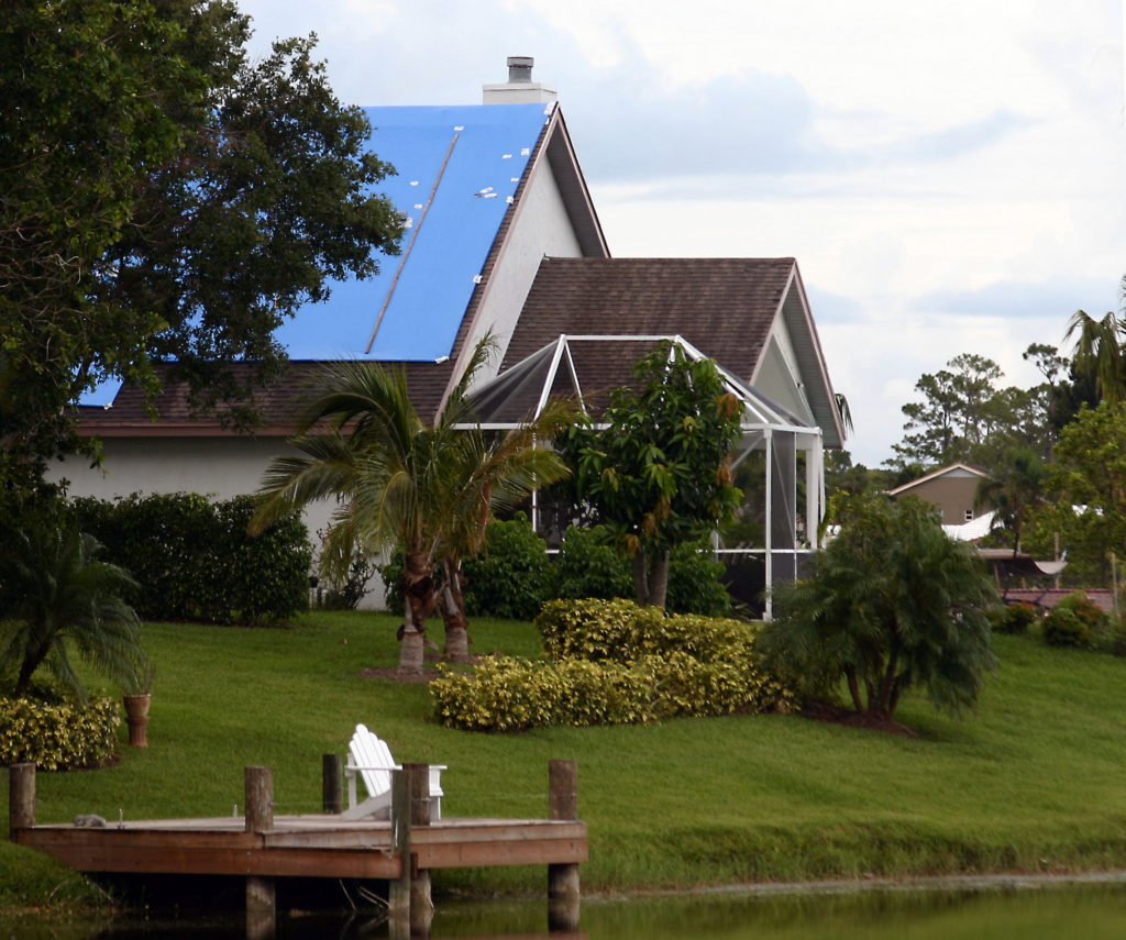 roof tarped florida roofing services